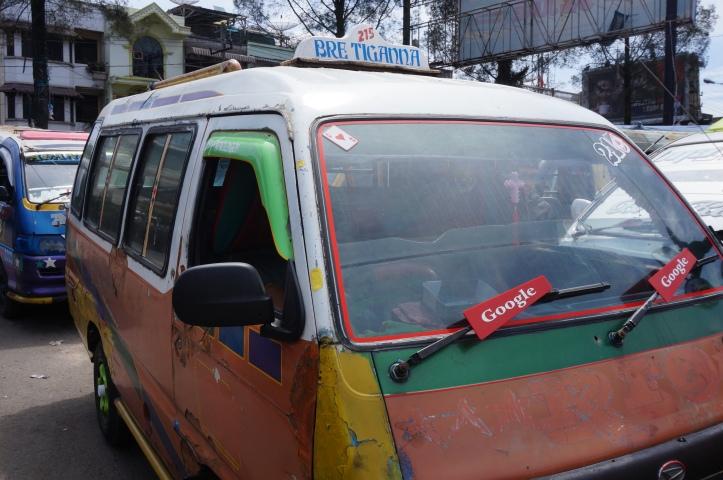 El transporte público en Indonesia puede ser un poco intimidante.